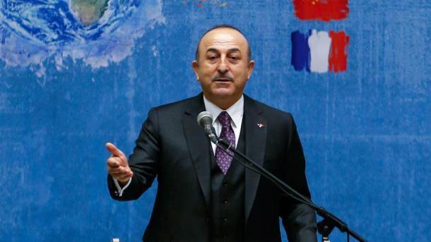 Çavusoglu: Turqia duhet të jetë disa hapa para në çështjen e tërheqjes së ShBA-së nga Siria | TRT  Shqip