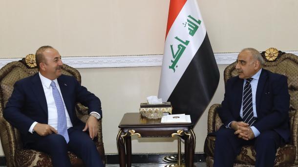 Ministri Çavusoglu në Bagdad, takime me krerët shtetërorë të Irakut | TRT  Shqip