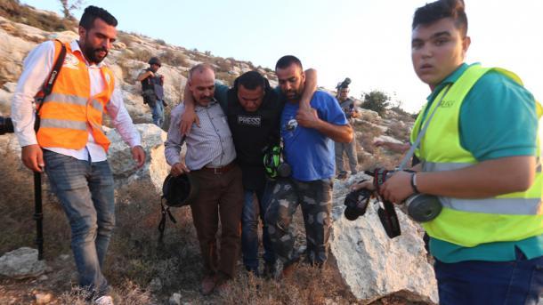 Bregu Perëndimor - Ushtarët izraelitë plagosin 3 gazetarë | TRT  Shqip