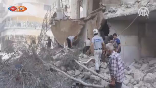 U napadu aviona sirijske vojske na naseljeno područje u Idlibu poginulo 4 osobe, 11 ranjeno(VIDEO)