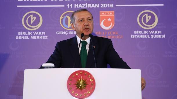 Erdogan: Terorističke organizacije koje ciljaju crkve i džamije ne pripadaju ovoj zemlji