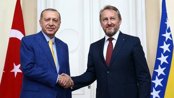 Erdogan: FETO ka hedhur rrënjë në çdo fushë të shoqërisë | TRT  Shqip