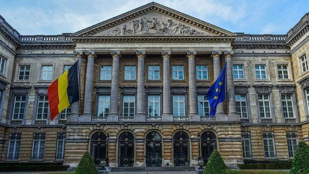 Belgjikë – Partia N-VA tërhiqet nga qeveria për shkak të mosmarrëveshjes mbi emigracionin | TRT  Shqip