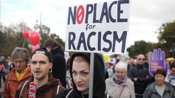 ドイツ人の大半が同国の差別主義...