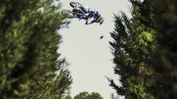 顶级摩托车秀-托马斯 | 三昻体育平台