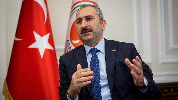 Turqi – Ministri i Drejtësisë reagon ndaj vendimit të gjykatës britanike | TRT  Shqip