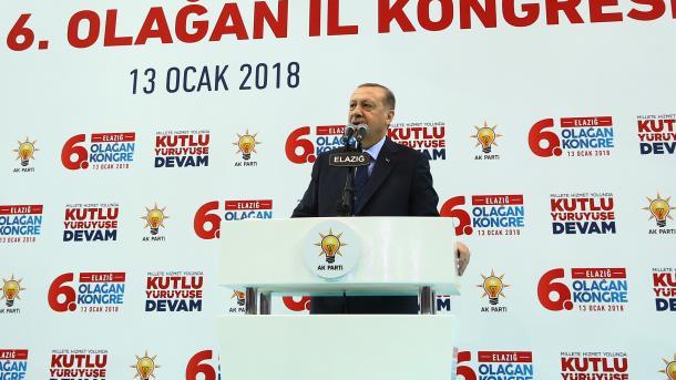 Erdogan sinjalizon një operacion ushtarak të mundshëm në Afrin të Sirisë | TRT  Shqip