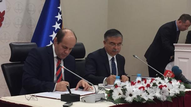 Potpisan protokol o saradnji u oblasti obrazovanja između BiH i Turske
