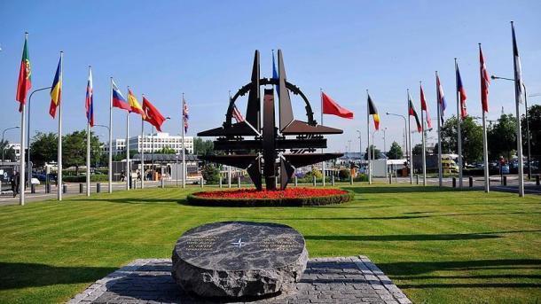NATO-ja feston 70-vjetorin, Çavusoglu në Uashington për takimin e ministrave të Jashtëm të Aleancës | TRT  Shqip
