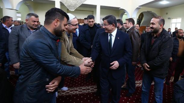 Davutoglu na jugoistoku Turske: Bratska svađa u Siriji i Iraku neće biti prenesena u Tursku