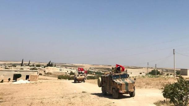 Turqia dhe SHBA-ja fitojnë patrullimin e përbashkët në Menbixh të Sirisë | TRT  Shqip
