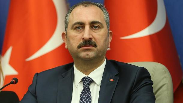 Ministri Gul: SHBA-së i kemi dërguar 7 kërkesa për ekstradimin e kreut të FETO-s | TRT  Shqip