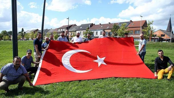 Pritisak i prijetnje FETO-a na Turke u Belgiji