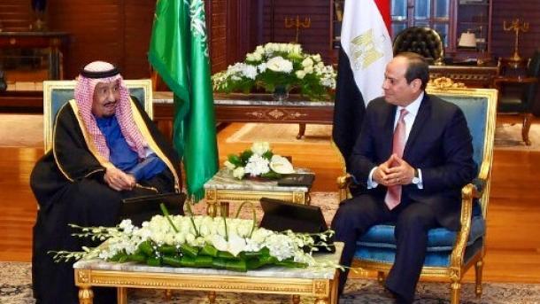 Sisi-Mbreti Selman shqyrtojnë bashkëpunimin mes dy vendeve në Sharm Al-Sheik | TRT  Shqip