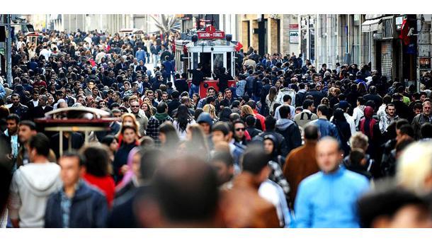 Koment - Popullsia e vendeve të Ballkanit shkon drejt tkurrjes | TRT  Shqip
