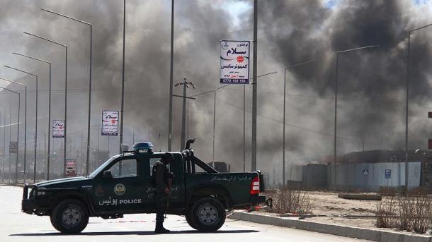 Combates en ciudad afgana deja al menos seis muertos