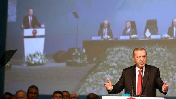 """Samiti i OBI-t për Palestinën – Erdogan fshikullon """"banditizmin, terrorin shtetëror"""" të Izraelit   TRT  Shqip"""