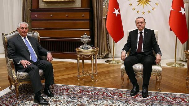 Erdogan priti në takim Tillerson | TRT  Shqip