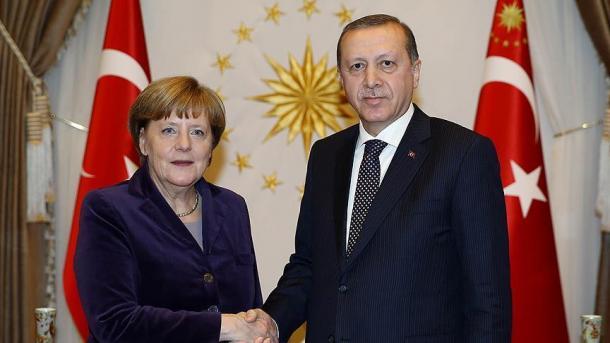 Erdogan i Merkel razgovarali o situaciji u Siriji