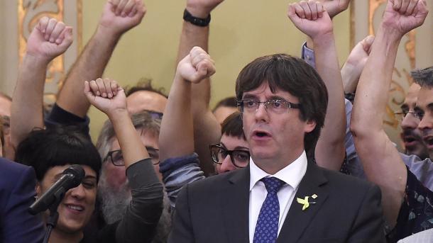 Partia e Puigdemont kërkon përsëri kandidaturën e tij në zgjedhjet në Katalonjë | TRT  Shqip