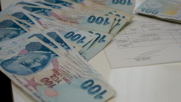 Turqia do të përdorë lirën në shitblerjen dhe qiradhënien e pronës   TRT  Shqip