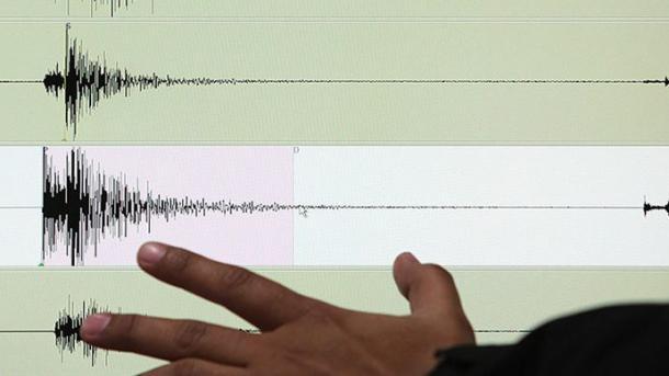 伊朗北部发生5.9级地震 致6人死 | TRT  中文