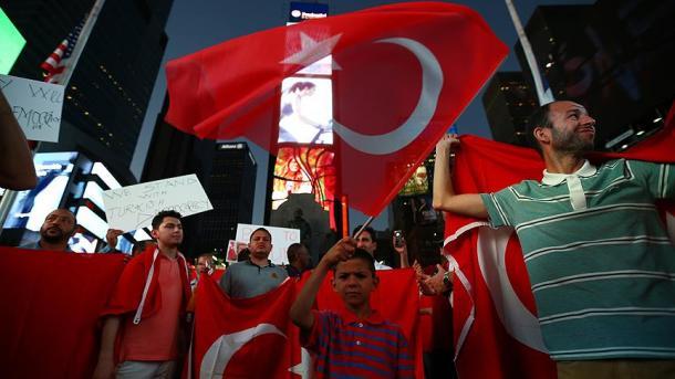 Turci u New Yorku organizirali protest: Gulen mora odgovarati zbog terorizma