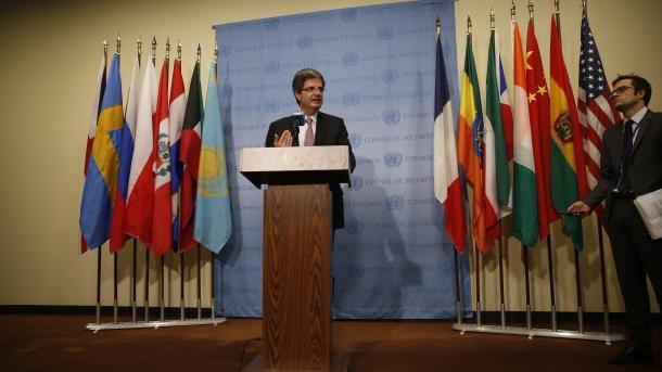 Франция рассмотрит предложение Российской Федерации  оновом механизме расследования химатак вСирии