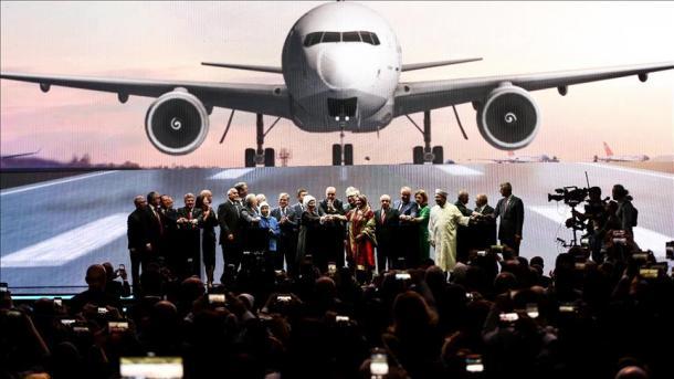 """""""Aeroporti i Stambollit"""", emri i aeroportit më të madh në botë   TRT  Shqip"""