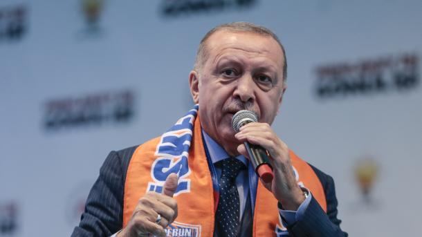 Erdogan: Nuk lejojmë që në kufirin tonë të formohet korridori i terrorit | TRT  Shqip