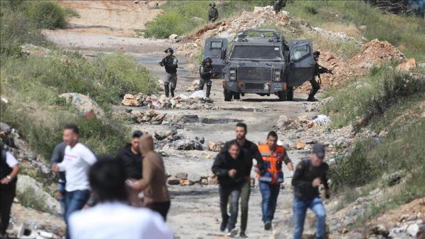 Vazhdojnë protestat e palestinezëve në kufirin Gaza-Izrael   TRT  Shqip