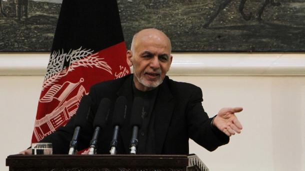 Ghani nudi talibanima da otvore urede u svim većim gradovima