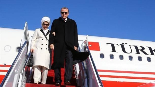 Президент Азербайджана Алиев поздравил руководство Турции сДнем Республики