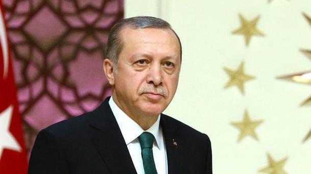 أردوغان: الموقف الأمريكي من منظمتي بي واي دي و واي بي جي موقف خاطئ   TRT  Arabic