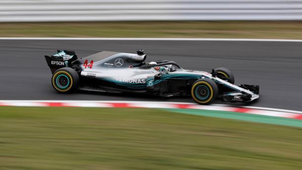 Busca Vettel mejorar en Japón