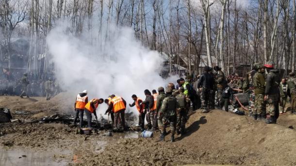 Pakistani i rrëzon Indisë dy avionë luftarakë   TRT  Shqip