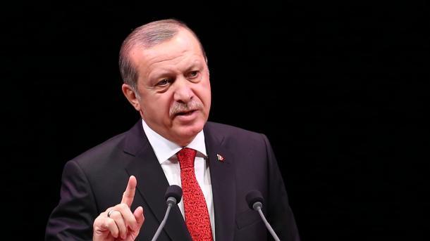 أردوغان يعرب عن خيبة أمل تركيا و الشعب التركي بالولايات المتحدة الأمريكية بعد الخامس عشر من تموز   TRT  Arabic