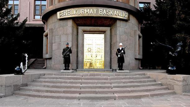 3 ushtarë turq bien dëshmorë në operacionet anititerrorizëm | TRT  Shqip
