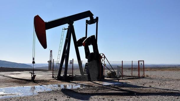 Enroque corto entre el Ministerio de Petróleo y PDVSA — Presidente Maduro