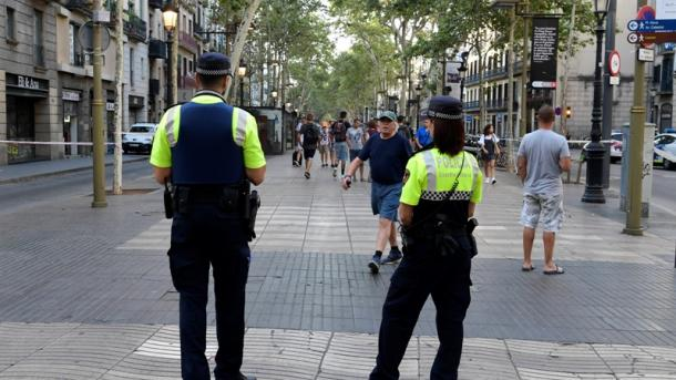 12 personas en estado crítico tras atentados en Cataluña