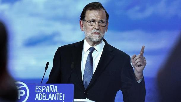 """Rajoy asegura que no cederá al """"chantaje"""" al Estado de Puigdemont"""