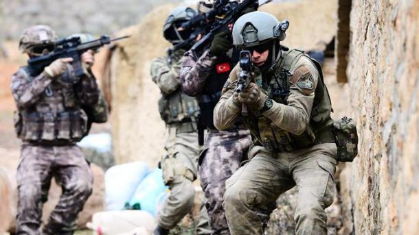 Türkei wirft Flugblätter über Afrin ab