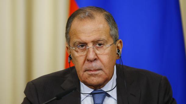 Лавров пообещал дать ответ напопытки помешать борьбе сбоевиками вСирии