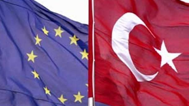 Delegacioni i BE-së shqyrton liberalizimin e vizave për nënshtetasit turq   TRT  Shqip