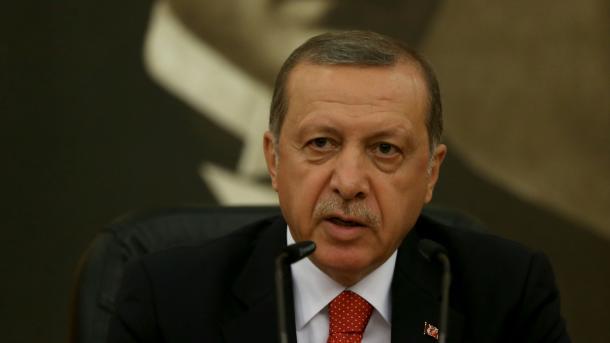 Erdogan: Turska liječi rane pokušaja državnog udara i uspješno se bori protiv terorista