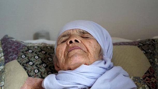 Власти Швеции хотят депортировать 106-летнюю Бибихал Узбеки