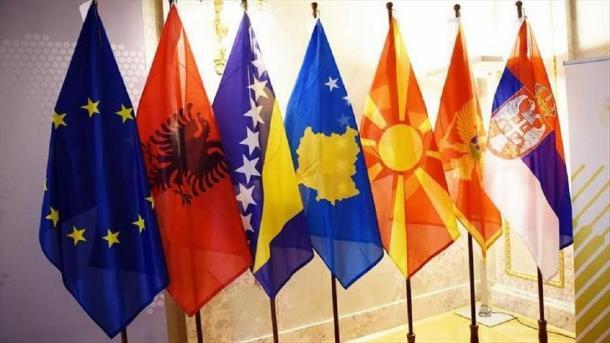 Koment: Premtimet për gjendjen ideale në Ballkan | TRT  Shqip