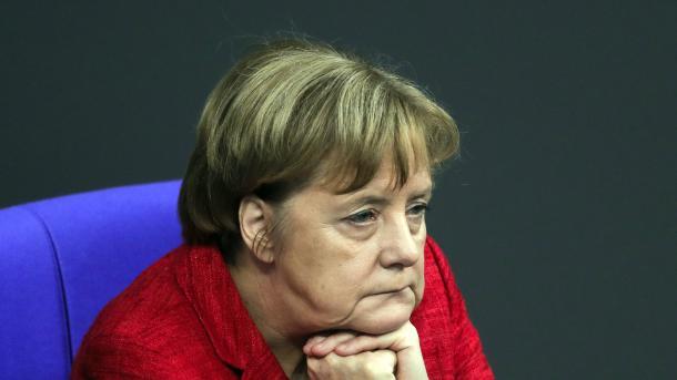 Путин впоздравлении Меркель выразил готовность к разговору сФРГ