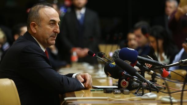 Турция и РФ пригласят США напереговоры посирийскому вопросу вАстане