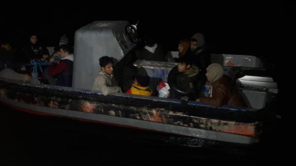 Turqi – Kapen 50 emigrantë të parregullt | TRT  Shqip